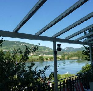 veranda Crémieu (38460)